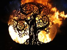 Imagine a mind-blowing tree motif with a twist. Developed as an artistic take on our classic garden scenes the Twisted Tree Ball fuses classic countryside scenes with a cartoon like artistic edge. Fire Pit Sphere, Metal Fire Pit, Fire Pits, Twisted Tree, Metal Fab, Beautiful Nature Scenes, Classic Garden, Weird And Wonderful, Mind Blown