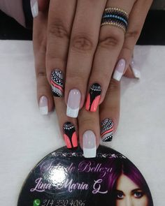 La imagen puede contener: una o varias personas y texto Great Nails, Love Nails, How To Do Nails, My Nails, Diy Nail Designs, Short Nail Designs, Neon Acrylic Nails, Glittery Nails, Unicorn Nails