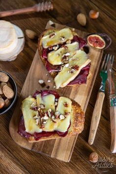 Bruschetta au Munster Bruschetta, Brunch, Alsace, Camembert Cheese, French Toast, Breakfast, Food, Dried Fruit, Pistachio