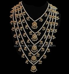 bridal sets & bridesmaid jewelry sets – a complete bridal look Indian Wedding Jewelry, Indian Jewelry, Bridal Jewelry, Jewelry Gifts, Jewelry Shop, Baby Jewelry, Jewelry Logo, Jewelry Art, Pearl Jewelry
