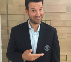 April 2017 - What a day it has been for Cowboys Nation. Tony Romo's retirement announcement shook the NFL world, as did his subsequent move to CBS to join Jim Nantz as Dallas Cowboys Quotes, Cowboys 4, Dallas Cowboys Football, Football Stuff, College Football, Football Team, Cbs Sports, Sports Pics, How Bout Them Cowboys