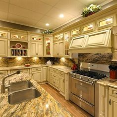 Merveilleux Windy Hill Hardwood Inexpensive Kitchen Cabinets Home Catskill Craftsmen  Double Door White Inexpensive Kitchen Cabinets