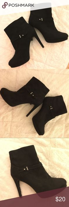H&M Stiletto Heel Booties in Black Super sexy faux suede black booties with stiletto heels measuring 4/4.5 inches. Great for dressing up an outfit! H&M Shoes Heeled Boots