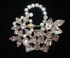 Vintage Weiss Signed RARE Early Flower Basket Crystal Ice Rhinestone Brooch Pin   eBay