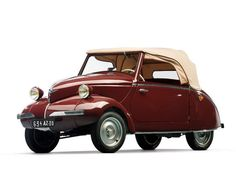 Vintage Cars 1947 Julien - The Bruce Weiner Microcar Collection Offered by RM Auctions Microcar, Cars Vintage, Antique Cars, Bmw Isetta, Weird Cars, Smart Car, Cute Cars, Car Humor, Old Cars