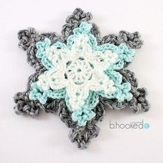 Crochet Flowers Patterns Holiday Snowflakes, free pattern and video tutorial byB.Hooked Crochet - Learn how to crochet snowflakes with this quick and easy pattern and video tutorial from B. Crochet Amigurumi, Diy Crochet, Crochet Crafts, Crochet Projects, Crochet Ideas, Christmas Crochet Patterns, Crochet Christmas Ornaments, Holiday Crochet, Christmas Snowflakes