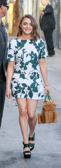 Pin for Later: Maisie Williams's Latest Look Is Chic and Springtastic