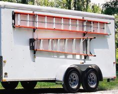 a side ways ladder mount on the side of trailer, along with a matching ladder. also, some way to get the ladder to not bend the roof. what would that be called? like a ladder spacer? Ladder Storage, Van Storage, Ladder Racks, Storage Ideas, Trailer Shelving, Trailer Storage, Van Shelving, Work Trailer, Trailer Build