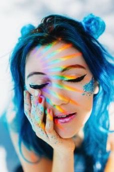 Jessie Paege, a real life mermaid (and youtuber)  Blue hair  Glitter