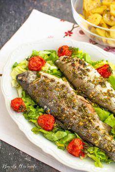 Păstrăv la cuptor cu cartofi și roșii cherry Romanian Food, Fresh Rolls, Fish Recipes, Ethnic Recipes, House, Ideas, Home, Thoughts, Homes