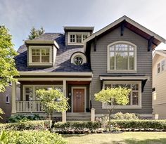 craftsman style architecture, love the windows and the front door