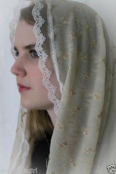 NWOT-Chapel-Veil-Mantilla-Head-Covering-Latin-Mass-Infinity-Veil-or-Scarf