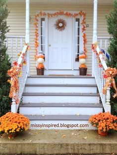 Missy Inspired - Fall porch decorations