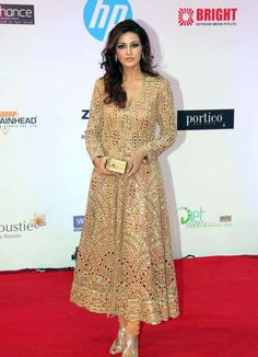 Sonali Bendre In A Gold Mirror Work #Anarkali #Suit By Abu Jani Sandeep Khosla.