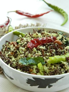 Thengai Ragi Sevai ~ Steamed Finger Millet Noodles with Coconut - Blend with Spices