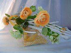 Znalezione obrazy dla zapytania łazienka sztuczne kwiaty