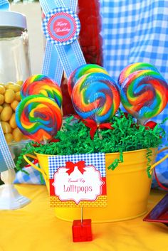 Wizard of Oz Birthday Party.i have a birthday coming up; just sayin'! 4th Birthday Parties, Girl Birthday, Birthday Ideas, Hippie Birthday Party, Princess Birthday, Candyland, Mo S, Deco Table, Baby Shower