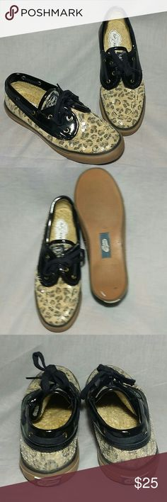 Women's SPERRY TOP-SIDER BOAT Black Beige 6.5 M Women's Slip-on Size 6.5 M Beads Black Beige item is in a good condition flat. Sperry Top-Sider Shoes Flats & Loafers