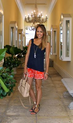 Navy and orange with a touch of white coral. casual but not sloppy (thanks to great hair, real shoes, and a pretty necklace).