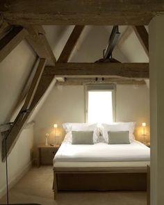 ✨Welterusten... sweet dreams..#homeinspiration #interiorinspiration #stijlvolwonen #interior #interieur #notmypic #decoration #sfeer #beams #slaapkamer #bedroom #interiordesign #interiorstyling #countrystyle #landelijkwonen #rustic #wooninspiratie #homestyling #styling #goodnight