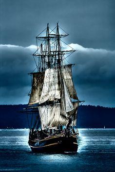 #TallShips #PirateShips - Tall Ships Parade - The HMS Bounty