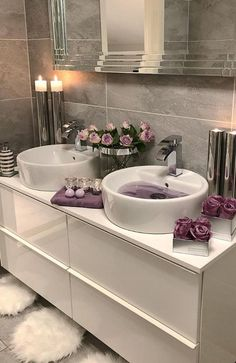 The most popular bathroom design ideas and trends for 2019 - Page 2 of 37 - HomeDecores - Haus - Badezimmer Bathroom Decor Sets, Bathroom Goals, Small Bathroom, Bathroom Ideas, Bathroom Designs, Bathroom Inspo, White Bathroom, Dream Bathrooms, Master Bathrooms