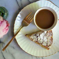Lemon, ricotta and almond cake - even better!