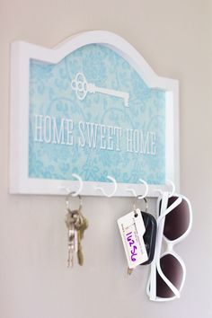 Love this blogger, so creative and thrifty. Jenna Sue: $5 DIY Key Rack
