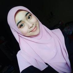 hijabi beauty #sexyindo Muslim Fashion, Hijab Fashion, Hijab Tutorial, Hijab Outfit, Outfits, Beauty, Style, Swag, Suits