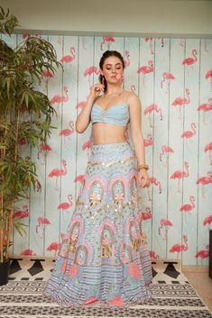 Elsa – Papa Don't Preach by Shubhika Indian Wedding Outfits, Bridal Outfits, Indian Outfits, Indian Clothes, Classy Outfits, Pretty Outfits, Beautiful Outfits, Dress Indian Style, Indian Dresses