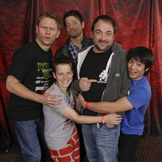 Is there any cast that takes better photos? :P Mark S is almost smiling!