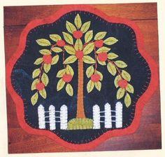 Wool Applique Patterns   Apple Tree - Wool Applique Table Mat