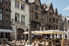 https://flic.kr/p/q4pR5w   Medieval half timbered houses of Place Plumereau   We…