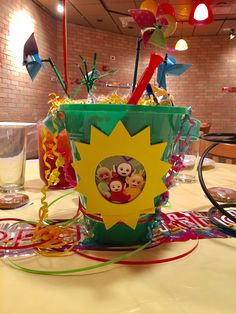 Teletubbies center piece Birthday Party Themes, 2nd Birthday, Birthday Ideas, Favours, First Birthdays, Celebrations, Baby Kids, Carnival, Centerpieces
