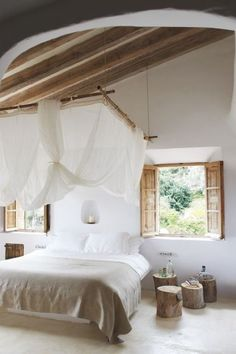 3 Agreeable Tips AND Tricks: Simple Natural Home Decor Rustic Kitchens natural home decor diy woods.Natural Home Decor Bedroom natural home decor feng shui interior design.Simple Natural Home Decor Bedrooms. Home Bedroom, Bedroom Furniture, Bedroom Decor, Bedroom Ideas, Airy Bedroom, Bedroom Inspiration, Tranquil Bedroom, Bedroom Suites, Budget Bedroom