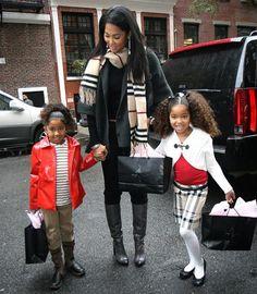 Kimora Clothing Line Kimora Lee Simmons, China Fashion, Fashion Beauty, 2017 Fall Fashion Trends, Celebrity Siblings, Best Fashion Designers, Famous Celebrities, Celebs, Black Families
