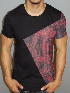 'Spider Man' t-shirt. Great T Shirts, T Shirts For Women, Mens Fashion Quotes, Beautiful Outfits, Cool Outfits, Camisa Floral, Tee Design, Comfortable Outfits, Fashion Wear