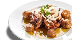 Lulas grelhadas com batata a murro. Restaurante o Barracão,Vagos, Portugal Fotografia de comida - ITS Ivo Tavares Studio