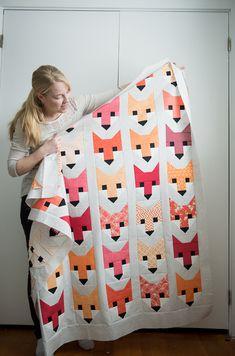 Fancy Fox Quilt by Elizabeth Hartman | http://www.quiltylove.com | #fancyfox #elizabethhartman #quiltylove