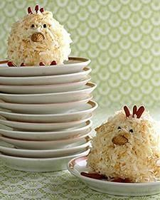 Yummy - Spring Chick cupcakes These treats are modeled on a symbol of the season: baby chicks. With coconut feathers, nutty beaks, and confectionery details, they aren't just eye candy -- they're delicious, too. Recipe on Martha Stewart Easter Recipes, Holiday Recipes, Dessert Recipes, Easter Desserts, Cupcake Recipes, Recipes Dinner, Baking Recipes, Holiday Ideas, Holiday Cupcakes