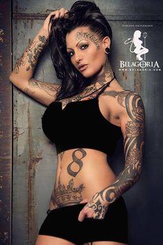 Los 10 mejores tatuajes Sexy Tattoos For Girls, Inked Girls, Girl Tattoos, Tattoos For Women, Tattooed Women, Tattoo Girls, Tattoo Lettering Design, Body Art, Wonder Woman