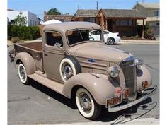 1937 Chevrolet 1/2 Ton Pickup || Classy Beige '37 Chevy Pick-up Truck with white wall tires