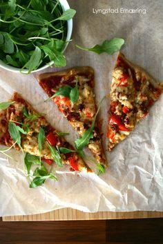 Fredagspizza med bunn av spelt (FODMAP-vennlig)