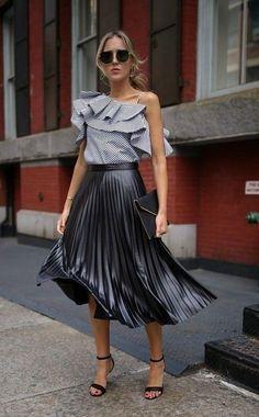 9ca691029d52 CLICK  amp  BUY  ) Black metallic pleated elastic high waist summer skirt  metalic midi