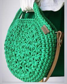 Crochet bags purses 482800022551935085 - Nőies nőknek🌷 Source by Crochet Clutch, Crochet Handbags, Crochet Purses, Crochet Bags, Cotton Cord, Yarn Bag, Tote Bags Handmade, Crochet Circles, Round Bag