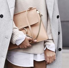 elegance-fashion: Sweater Coat Bag Today the season for off-white