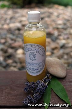 Misha Beauty - přírodní kosmetika a jiné DIY projekty : Sprchový olej Natural Cosmetics, Soap, Homemade, Home Made, Bar Soap, Soaps, Hand Made, Natural Beauty Products