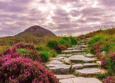 Március havi horoszkóp – A legtöbbekre izgalmas hónap vár! Nature Photography, Travel Photography, Connemara, Lighthouse, Golf Courses, National Parks, Country Roads, Explore, Adventure