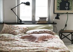floral bedding. lamps.