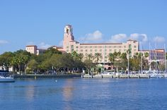 Tampa Bay Yacht Charter is located in St Pete, Florida and offers private yacht charters near the Vinoy marina